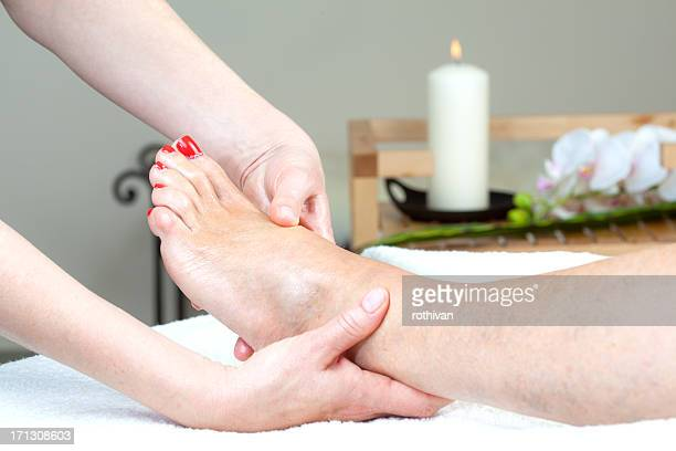 feet massage - pretty toes and feet stock photos and pictures