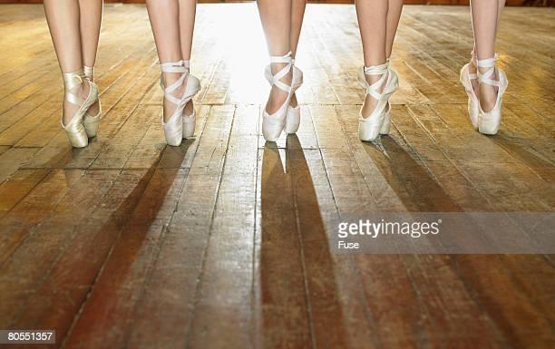 feet of ballerinas - ballerina feet stock photos and pictures