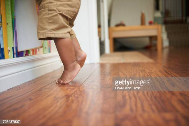 6 193 Tiptoe Photos And Premium High Res Pictures Getty Images