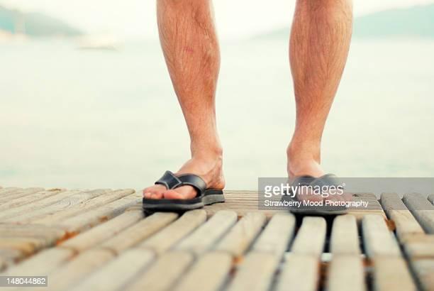 feet of man - parte inferior imagens e fotografias de stock