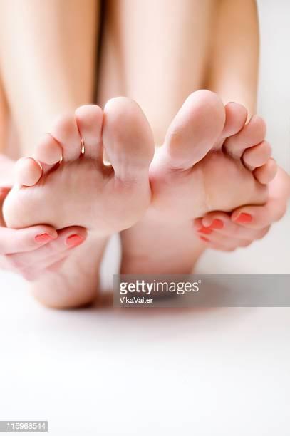 pieds carrés - beaux pieds et femme photos et images de collection