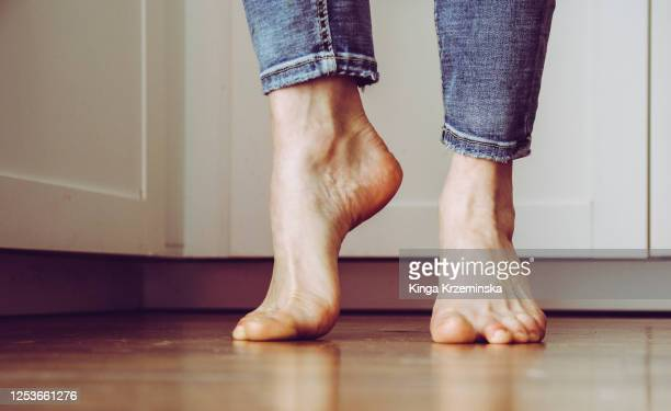 feet - human foot stock pictures, royalty-free photos & images