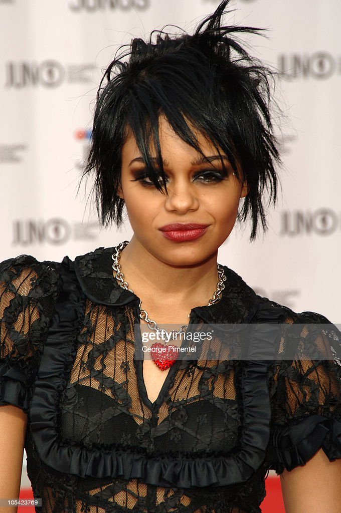 Fefe Dobson during 2005 Canadian Juno Awards - Arrivals at MTS Centre in Winnipeg, Manitoba, Canada.