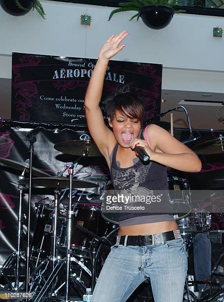 Fefe Dobson during Aeropostale Celebrates 700th Store Opening with Performance by FeFe Dobson May 24 2006 at Aeropostale Galleria at Sunset Mall in...