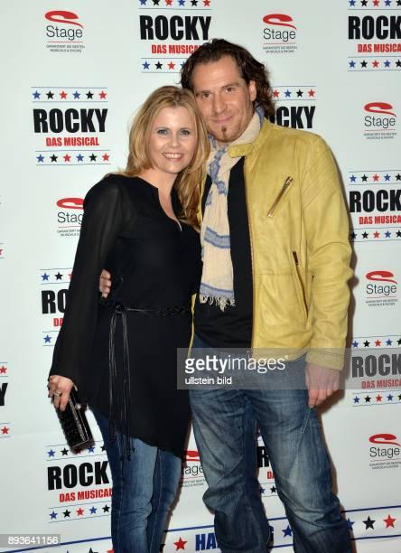 Feier zwei Jahre in Hamburg eine Mio Besucher bei ROCKY im TUI Operettenhau Michaela Schaffrath ist eine deutsche Schauspielerin bekannt unter ihrem...