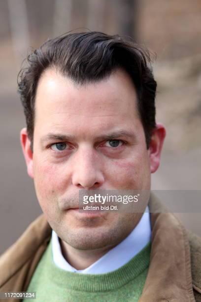 Feierabend mit Philipp zu Guttenberg Präsident der Arbeitsgemeinschaft Deutscher Waldbesitzerverbände AGDW aufgenommen im Grunewald und am...