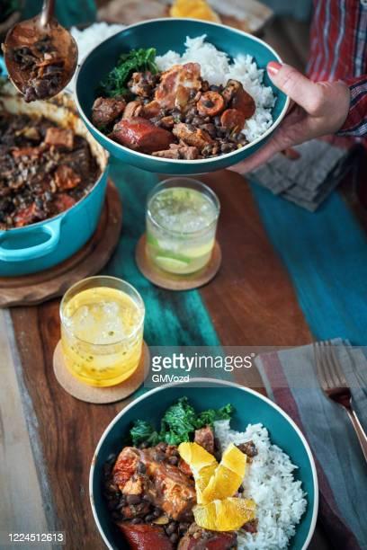 feijoada brazilian black bean chili - feijoada imagens e fotografias de stock