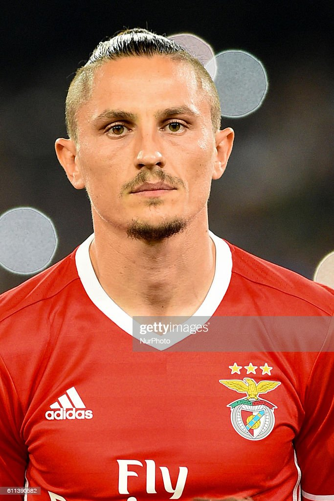 Fejsa of Sl Benfica during the UEFA Champions League match between SSC Napoli and Sl Benfica at Stadio San Paolo Naples Italy on 28 September 2016.