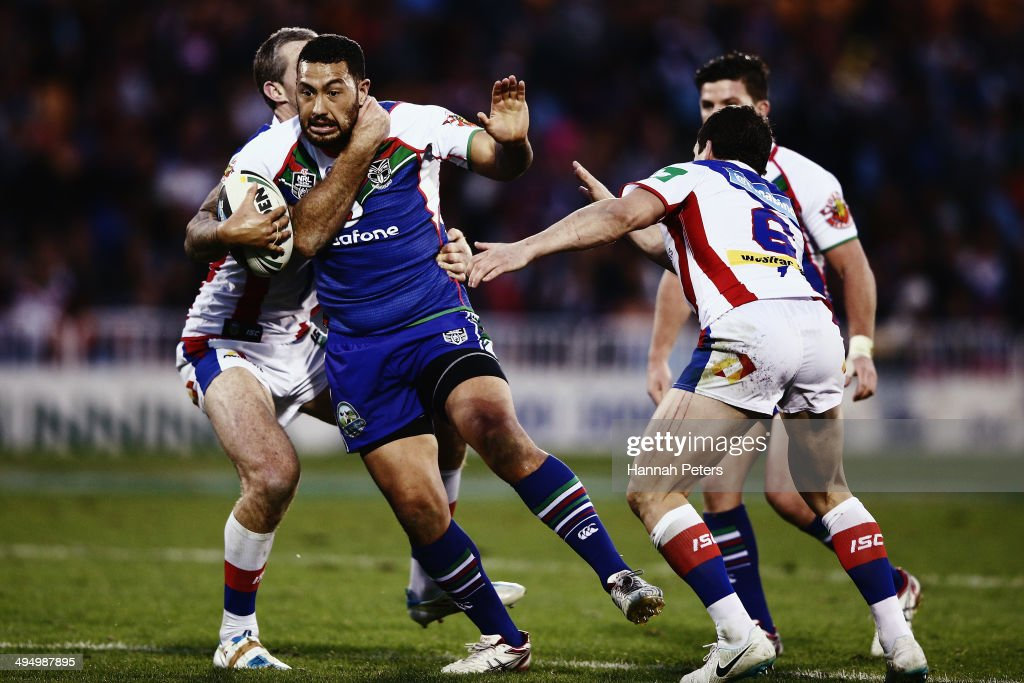 Feleti Mateo of the Warriors charges forward during the round 12 NRL match between the New Zealand Warriors and the Newcastle Knights at Mt Smart Stadium on June 1, 2014 in Auckland, New Zealand.