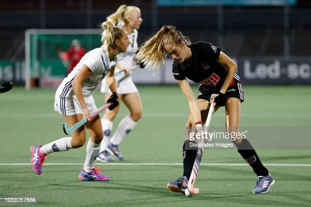 Felice Albers of Amsterdam Dames 1 during the Hoofdklasse Women match between Amsterdam v Pinoke at the Wagener Stadium on September 14 2018 in...
