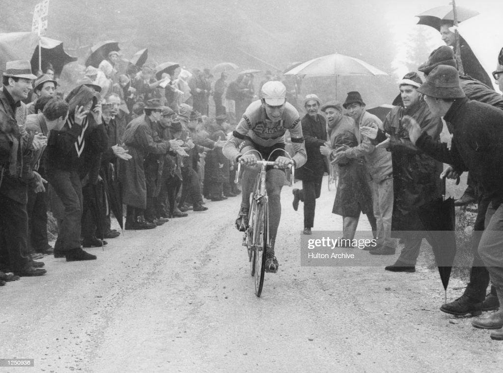 Giro Gimondi : News Photo