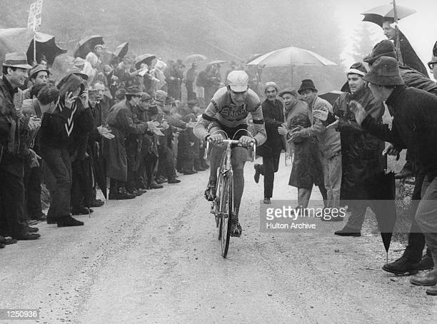 Felice Gimondi climbing the Brocon during the 20th stage of the Giro D''Italia from Cortina Trento Mandatory Credit Allsport Hulton/Archive