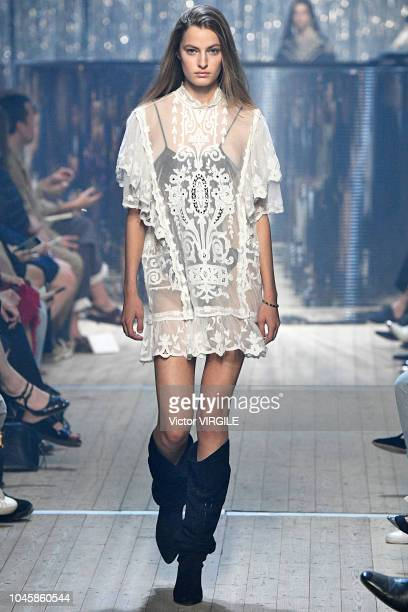 Felice Noordhoff walks the runway during the Isabel Marant Ready to Wear fashion show as part of the Paris Fashion Week Womenswear Spring/Summer 2019...