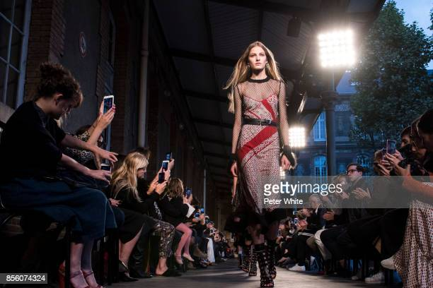 Felice Nova walks the runway during the Altuzarra show as part of the Paris Fashion Week Womenswear Spring/Summer 2018 on September 30 2017 in Paris...
