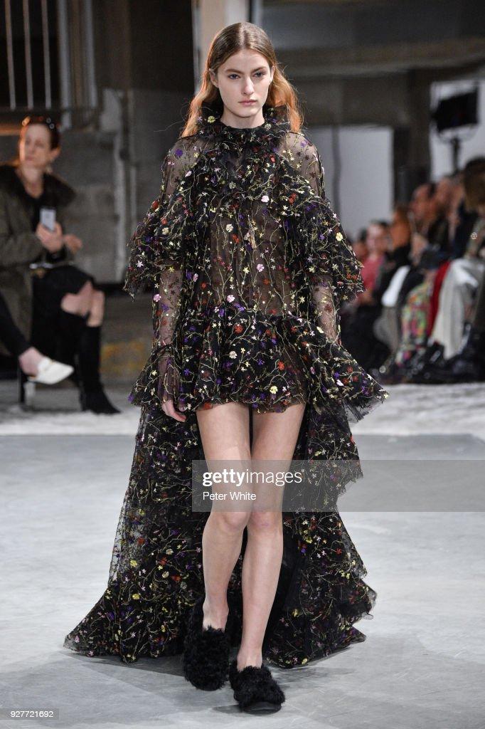 Felice Nova walks the runway during the Giambattista Valli show as part of the Paris Fashion Week Womenswear Fall/Winter 2018/2019 on March 5, 2018 in Paris, France.