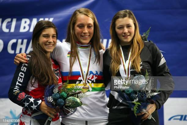 Felicia Stancil of the USA Shayona Glynn of the USA and Hannah Sarten of New Zealand stand on the podium following the Junior Womens Final during day...