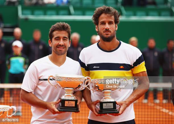 ¿Cuánto mide Marc López? Feliciano-lopez-and-marc-lopez-of-spain-hold-their-runners-up-after-picture-id671807870?s=612x612