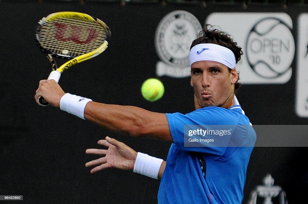 2010 SA Tennis Open: Day 5 : News Photo