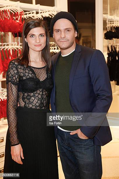 Felicitas Rombold and Daniel Bruehl attend the INTIMISSIMI Christmas Reception on December 09 2015 in Munich Germany