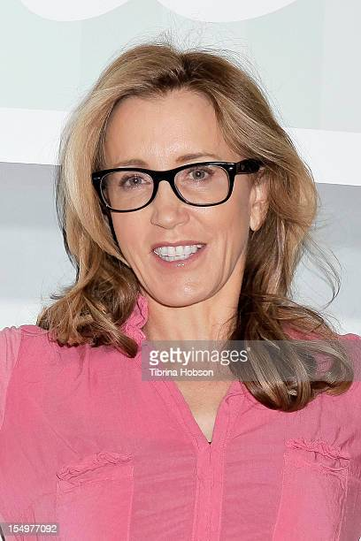 Felicity Huffman attends the Los Angeles Women's Expo at Los Angeles Convention Center on October 28, 2012 in Los Angeles, California.
