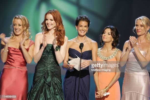 Felicity Huffman Marcia Cross Teri Hatcher Eva Longoria and Nicollette Sheridan presenters Outstanding Supporting Actor in A Comedy Series