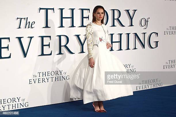 """Felicity Jones attends the UK Premiere of """"The Theory Of Everything"""" at Odeon Leicester Square on December 9, 2014 in London, England."""