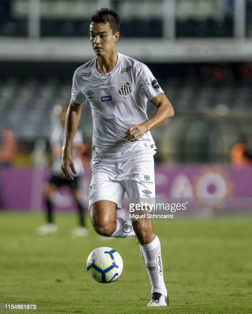 Felipe Aguilar of Santos control the ball during a match between Santos and Atletico MG for the Brasileirao Series A 2019 at Vila Belmiro Stadium on...