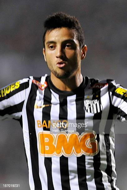 Felipe Anderson of Santos runs during a match between Corinthians and Santos as part of the Brazilian Serie A Championship 2012 at Pacaembu Stadium...