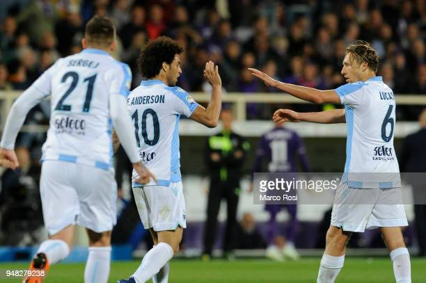 Felipe Anderson of SS Lazio celebrates a third goal with his team mates during the serie A match between ACF Fiorentina and SS Lazio at Stadio...