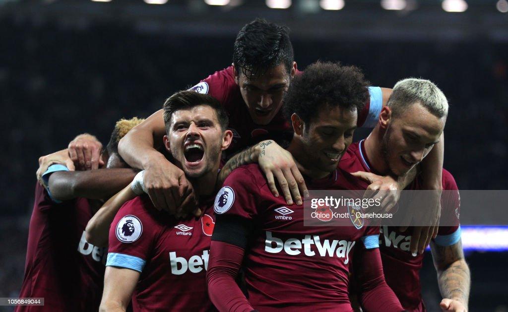 West Ham United v Burnley FC - Premier League : News Photo