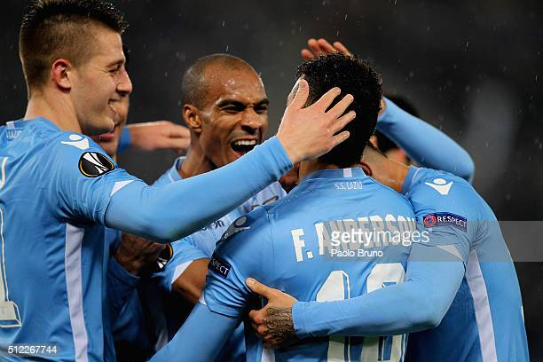 Felipe Anderson with his teammates of SS Lazio celebrates after scoring the team's second goal during the UEFA Europa League Round of 32 second leg...