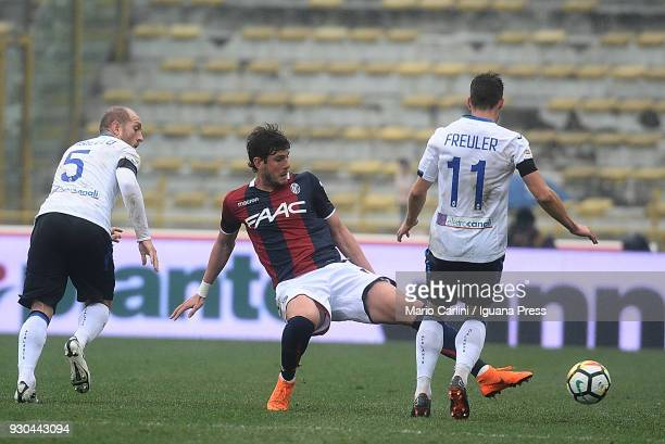 Felipe Avenatti of Bologna FC in action during the serie A match between Bologna FC and Atalanta BC at Stadio Renato Dall'Ara on March 11 2018 in...