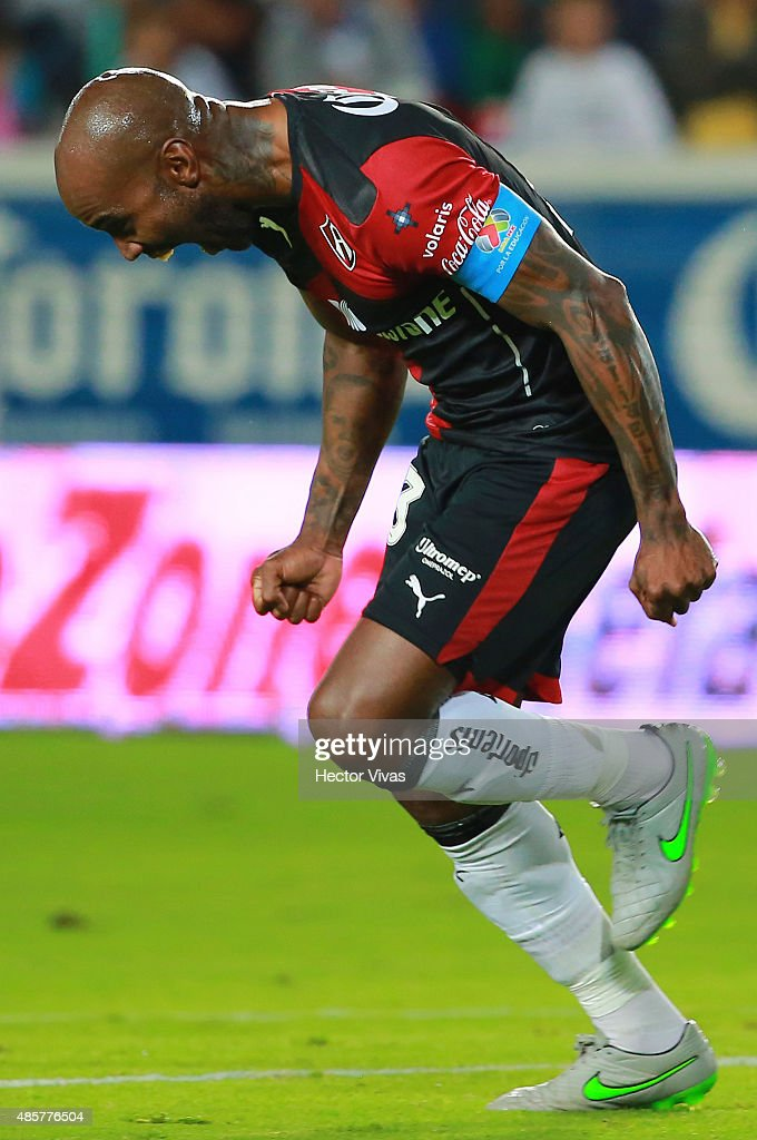 Felipe Baloy of Atlas celebrates after scoring the first goal of his team during a 7th round match between Pachuca and Atlas as part of the Apertura 2015 Liga MX at Hidalgo Stadium on August 29, 2015 in Pachuca, Mexico.
