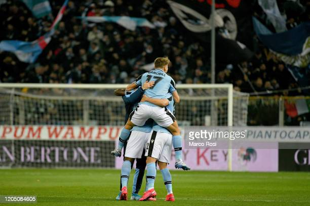 Felipe Caicedo of SS Lazio celebrate a opening goal with hia team mates during the Serie A match between Parma Calcio and SS Lazio at Stadio Ennio...