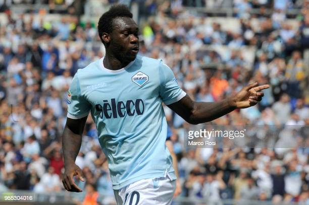Felipe Caicedo of SS Lazio celebrates the first goal during the serie A match between SS Lazio and Atalanta BC at Stadio Olimpico on May 6 2018 in...