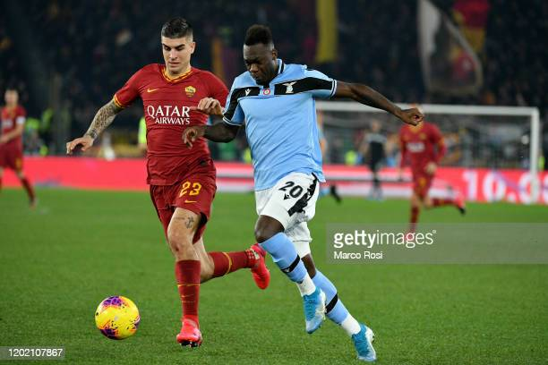 Felipe Caicedo of SS Lazio compete for the ball with Gianluca Mancini of AS Roma during the Serie A match between AS Roma and SS Lazio at Stadio...