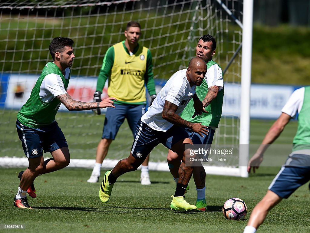 Felipe Melo in action during a FC Internazionale training session on August 7, 2016 in Milan, Italy.