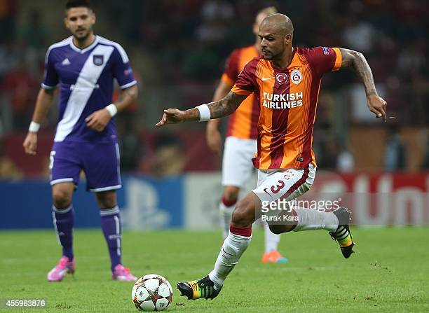 Felipe Melo of Galatasaray runs with the ball during the UEFA Champions League group D match between Galatasaray AS and RSC Anderlecht against...