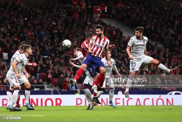 Felipe of Atletico Madrid scores his team's second goal during the La Liga match between Club Atletico de Madrid and Levante UD at Wanda...
