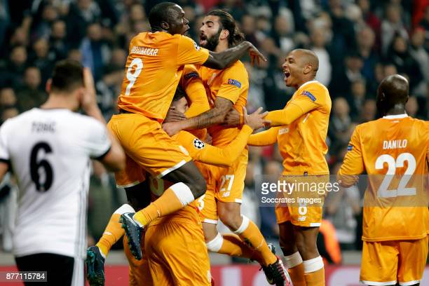 Felipe of FC Porto celebrate 01 with Vincent Aboubakar of FC Porto Hector Herrera of FC Porto Sergio Oliveira of FC Porto Yacine Brahimi of FC Porto...