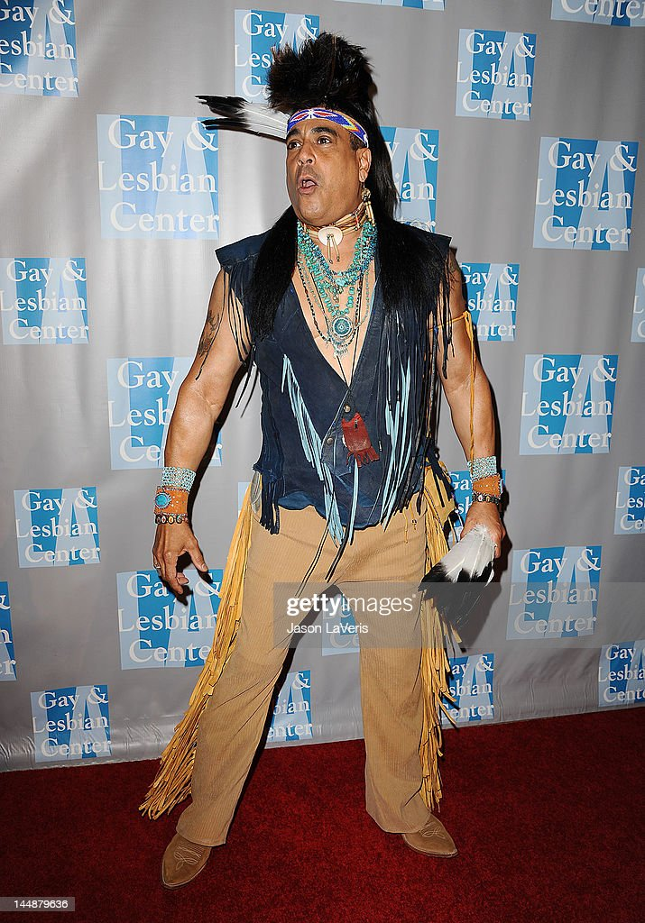 "L.A. Gay & Lesbian Center's ""An Evening With Women"" - Arrivals : News Photo"