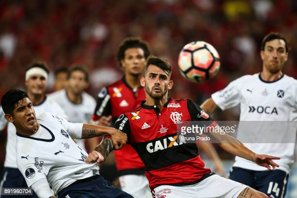 Felipe Vizeu of Flamengo and Alan Franco of Independiente struggles for the ball during the Copa Sudamericana 2017 Final match between Flamengo and...