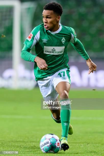 Felix Agu of SV Werder Bremen controls the ball during the Bundesliga match between SV Werder Bremen and FC Augsburg at Wohninvest Weserstadion on...