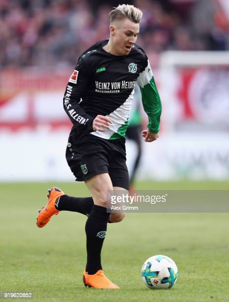 Felix Klaus of Hannover controls the ball during the Bundesliga match between 1 FC Koeln and Hannover 96 at RheinEnergieStadion on February 17 2018...