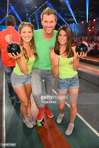 Felix Klemme Roxana Strasser and Cyndie Allemann as Team Fitness during the tv show 'Der grosse RTL IIPromiKegelabend' on July 31 2016 in Winterberg...
