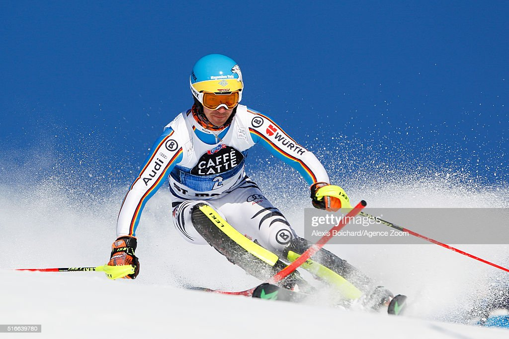 Audi FIS Alpine Ski World Cup - Men's Slalom and Women's Giant Slalom : News Photo