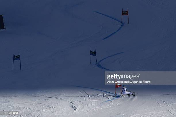 Felix Neureuther of Germany in action during the Audi FIS Alpine Ski World Cup Men's Giant Slalom on October 23 2016 in Soelden Austria