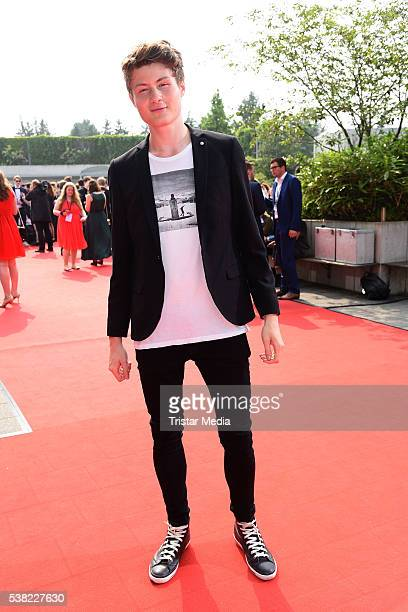 Felix von der Laden aka Dner attends the Webvideopreis Deutschland 2016 red carpet arrival at Castello on June 4, 2016 in Duesseldorf, Germany.