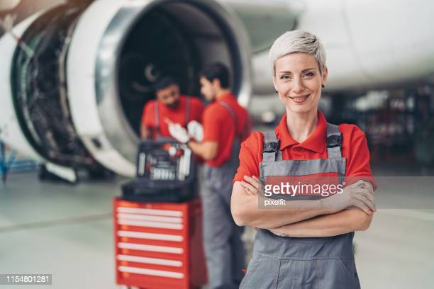female airplane mechanic - crew stock pictures, royalty-free photos & images