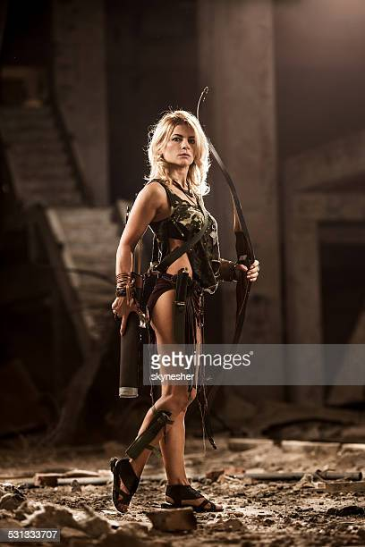 Femme archer.